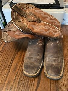 ariat womens boots size 8