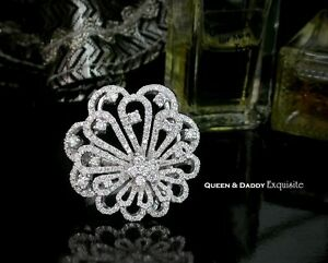 18K(750) white gold Gorgeous Blossom Design Diamond Ring