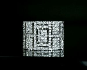 The Windows 18K(750) white gold diamond art deco design ring