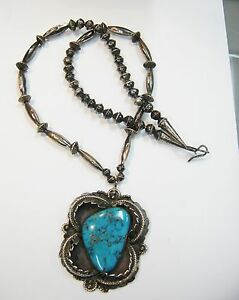 NAVAJO  STERLING SILVER & LARGE TURQUOISE NECKLACE 29 INCHES N552-K