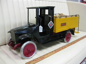 1926 29 ice delivery truck pressed steel toy