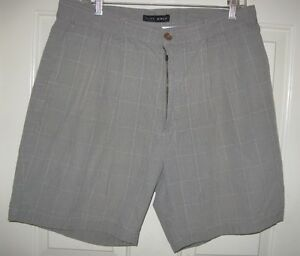 Nike Golf gray check shorts 33 mens pleat front cotton 33X7