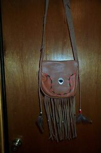 BLACK POWDER MOUNTAIN MAN  ANTLER BUTTON  LEATHER POSSIBLE BAG
