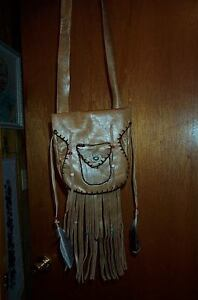 MOUNTAIN MAN BEAVER TAIL LEATHER POSSIBLE BAG