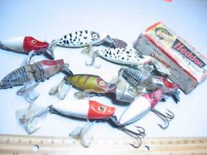 8 Heddon River Runt Old fishing lures & a box