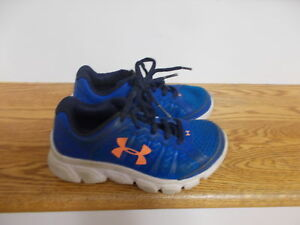 Under Armour Boys Royal Blue+Orange Sneakers size 12 GUC