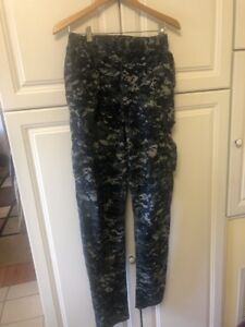 United States Navy CAMO Blue Digital Size Small Long W28x34 SL Tall And Skinny $15.00