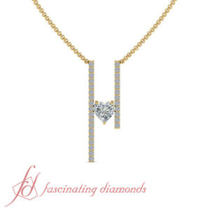 34 Carat Round Cut With Floating Heart Diamond Bar Necklace In 14K Yellow Gold