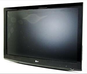 LG 42LG30DC 42'' LG Widescreen TV  1366x768 Resolution  12000:1 Contrast Ratio