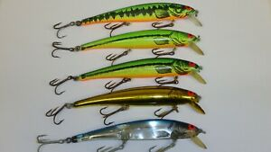 Old Stock Bomber Long A 15 38 oz 5 Fishing Lures! Screw Tail