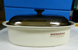 USED MAGNAWAVE PERFECTION MICROWAVE OVAL ROASTER AND GLASS COVER, NO RACK