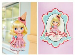 Takara CWC Middie Blythe doll Smiley Waffle ice cream Pastry Doll 18 Doll