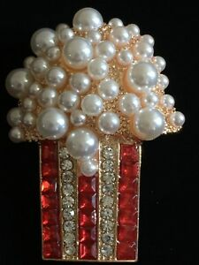 PEARL RHINESTONE TV SHOW SNACKS DRIVE IN MOVIE THEATER POPCORN PIN BROOCH 3D LRG