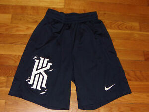 NIKE DRI-FIT KYRIE IRVING ATHLETIC BASKETBALL SHORTS BOYS MEDIUM EXCELLENT COND.