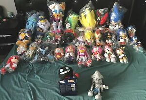 Great Eastern Entertainment Sonic The Hedgehog Character Plush Lot