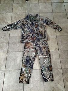 Cabelas Hunting Jacket and Pants Combo
