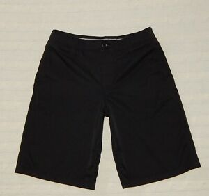 UNDER ARMOUR ― Youth Boys 10 ― Loose Black Athletic Golf Chino Shorts #AA36 *EUC $17.66