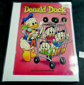 MISCELLANEOUS VINTAGE DONALD DUCK ITEMS