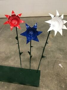 Welded recycled metal red white and blue flowers garden stakes yard art outdoor $25.00