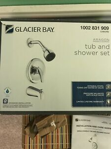 Glacier Bay Aragon 1-Handle 1-Spray Tub and Shower Faucet in Chrome w/Valve