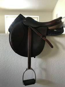 CWD Classic Saddle 17.5 SE01 2L Flap from 2011 - Good Shape!