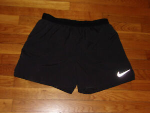 NIKE DRI FIT BLACK ATHLETIC RUNNING SHORTS WITH LINER MENS LARGE EXCELLENT COND. $13.50