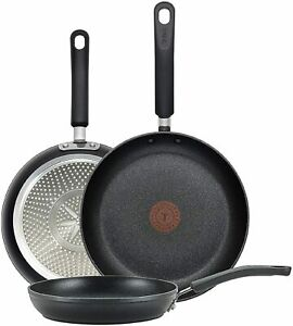 Professional Total Nonstick Thermo Spot Heat Indicator Fry Pan Cookware Set. $53.18