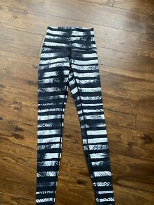 LULULEMON WUNDER UNDER Womens High Rise Multi Color Leggings Size 4 $60.00