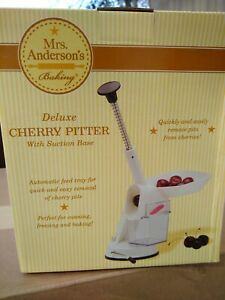 HIC DELUXE CHERRY PITTER WITH SUCTION BASE $13.99