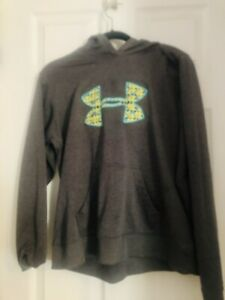 under armour hoodie large women $16.00