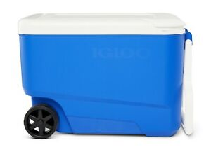 Igloo 38 Quart Hard Ice Chest Cooler with Wheels Blue
