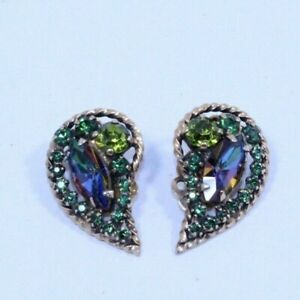 Vintage Weiss Signed Green Glass Rhinestone Clip On Earring Set $29.99