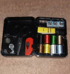 Vintage Singer Travel Sewing Kit In Case quot; GREAT COLLECTIBLE ITEM quot; $12.99