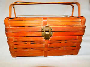 Vintage Wooden WOVEN Sewing BOX BASKET Handle Hinged Lid Small Picnic Purse $19.95