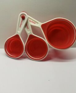 Taste of Home Collapsible Measuring Cup Set Bonus 3 Pc Color Red ¼ ⅓ 1 Cup