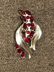 vintage Signed Coro Silver amp; Red Rhinestone Brooch $25.00