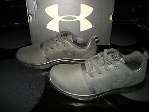 Brand New Boys Black Under Armour BPS Charged 247 Lo Nb Al Tennis Shoes 1