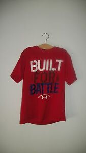 Boys Under Armour Red Short Sleeve BUILT FOR BATTLE Shirt LOOSE FIT  Small YSM