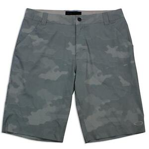 Oakley Scotts Green Camo 34 L Mens Golf Swim Surf Beach Boardies Board Short