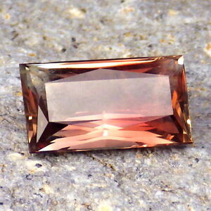 PINK-RED-GREEN MULTICOLOR SCHILLER OREGON SUNSTONE 4.56Ct FLAWLESS-INVESTMENT!!
