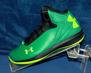New Boys Youth Under Armour BGS Torch Size 3.5 - 1259014-386