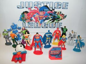 Justice League Figure Set of 14 Kit with Figures DC Doll Hero Ring Great Fun $10.75