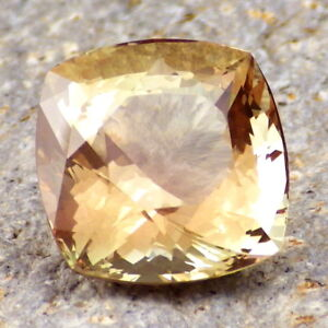 GREEN-GOLD PEACH MULTICOLOR MYSTIQUE SCHILLER OREGON SUNSTONE 10.48Ct FLAWLESS