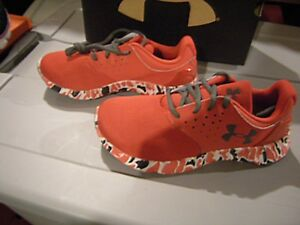 Brand New Boys Red Black & White Under Armour Camo Tennis Shoes Size 2