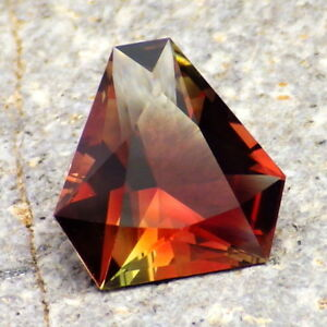 RED-ORANGE-PEACHY-GREEN MULTICOLOR MYSTIQUE OREGON SUNSTONE 4.18Ct FLAWLESS-RARE