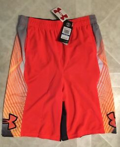 Youth boys UNDER ARMOUR SHORTS Size. Large NEW   (1214) approx