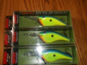 RAPALA DT FLAT 09's== 3-PARROT COLORED-FISHING LURES-DTFLAT 09--DISCONTINUED