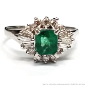 Gem Quality Emerald Fine Diamond 14K White Gold Ladies Vintage Cocktail Ring