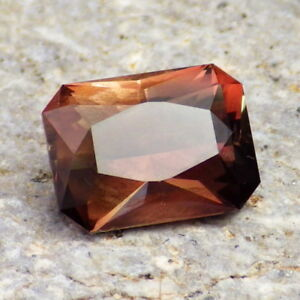 COPPER-MAHOGANY-GREEN MULTICOLOR SCHILLER OREGON SUNSTONE 2.03Ct VS2-COLLECTOR