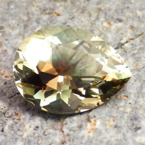 GREEN-PEACH-GOLD MULTICOLOR MYSTIQUE OREGON SUNSTONE 5.72Ct FROM OUR PANA MINE!
